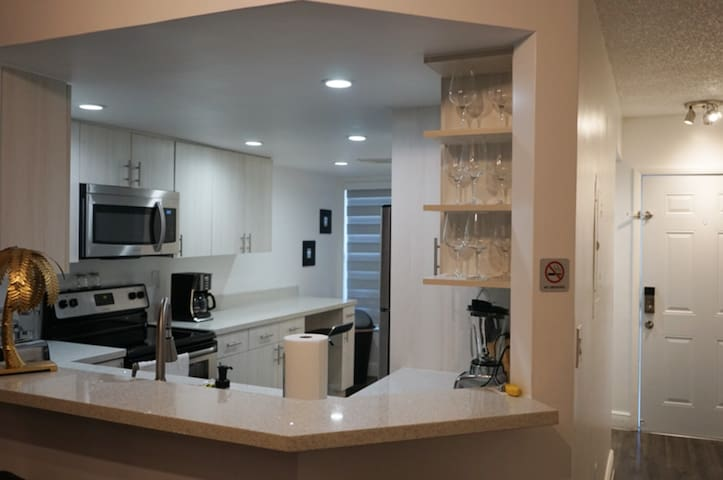 Entire beautiful townhouse in the perfect location