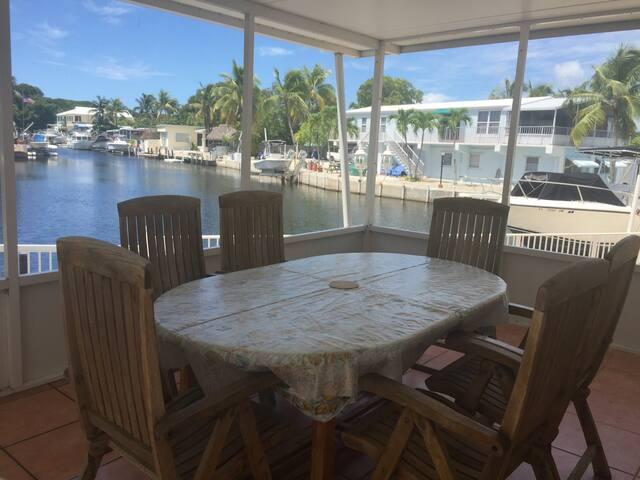 Keys Waterfront Property - Key Largo - House
