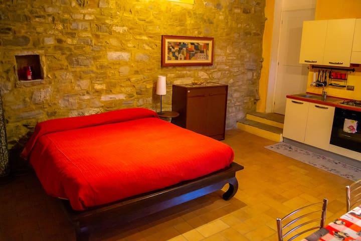 L'Angolo di Verlano - Appartamento con cucina I Girasoli
