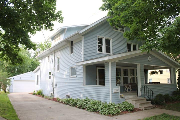 Park House in Stewartville + Mayo parking + Garage