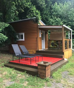 Cool tiny house in the heart of the Fraser canyon