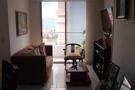 Apartamento cómodo y limpio - Bucaramanga - Apartmen