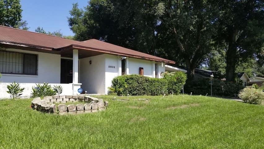 Vintage Florida Home