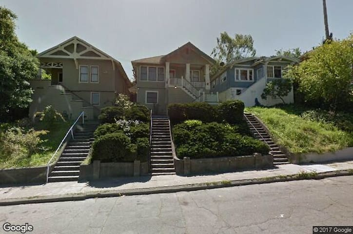 Beautiful Victorian near Ferry - Vallejo - House