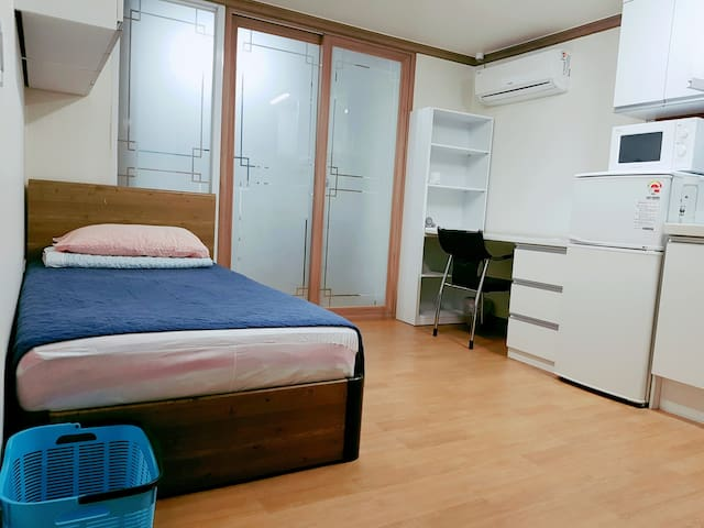 Connected 2 bed rooms-2min Hanyang University stn