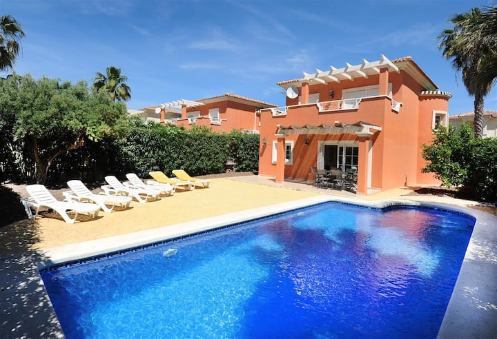 Villa Orange with private swimming-pool!