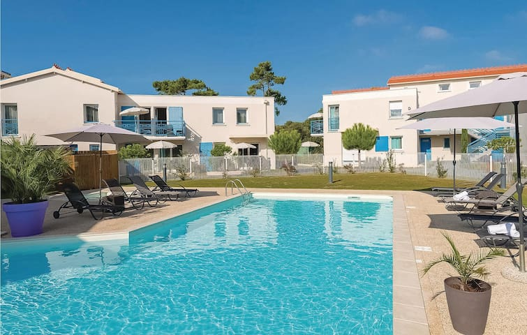Holiday apartment with 1 bedroom on 32m² in Saint Palais sur Mer