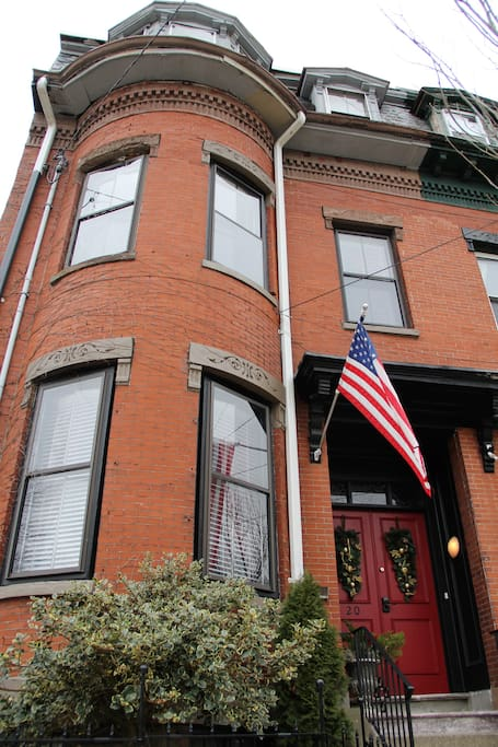 Boston Brick Row House,  Live Like a Local!