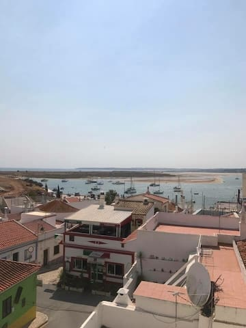 Luxury Apartment in Alvor with Amazing Views.
