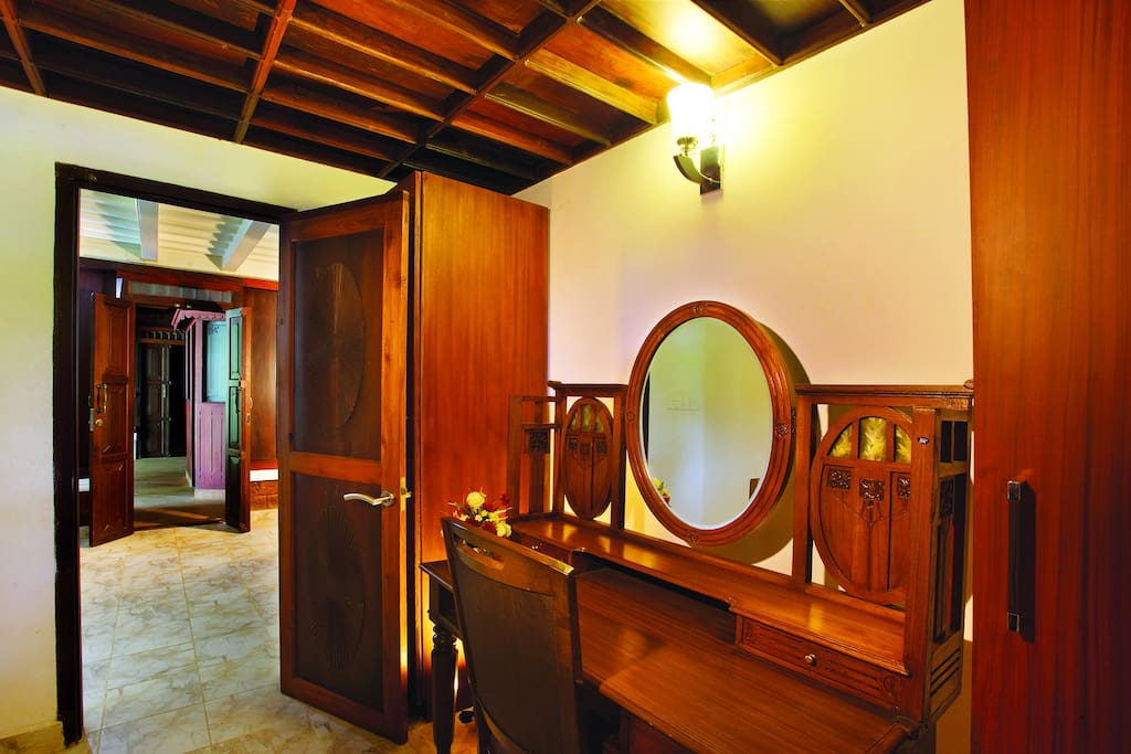 Attached Vanity room (ground floor)