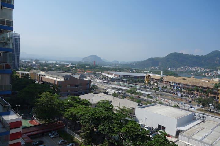Barra da Tijuca, apto 3 quartos, completo!