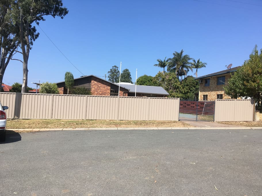 House- Private, Fenced and Gated