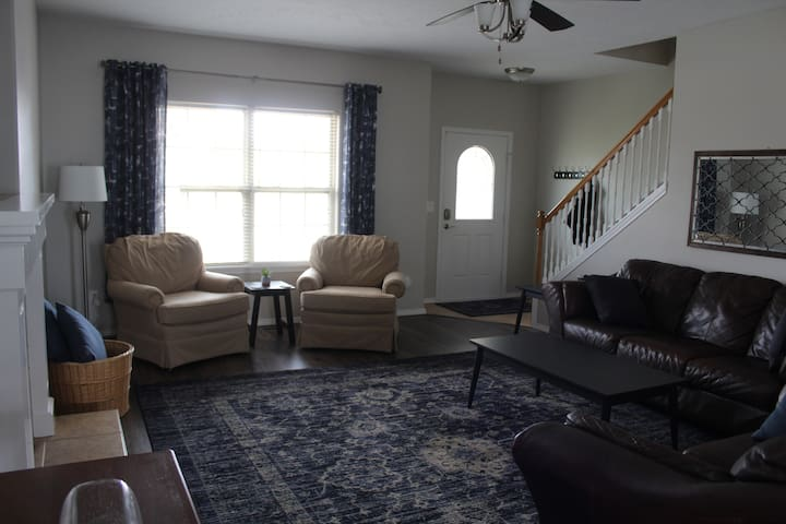 2 Leather Couches and 2 Arm Chairs For Living Room Seating