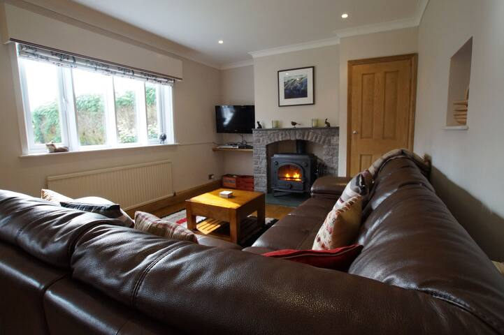FORRESTERS COTTAGE, Satterthwaite, South Lake District - Satterthwaite - Huis
