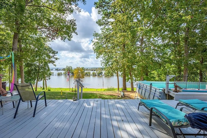 Waterfront, Sam Rayburn, Private Apartment (w/kit)