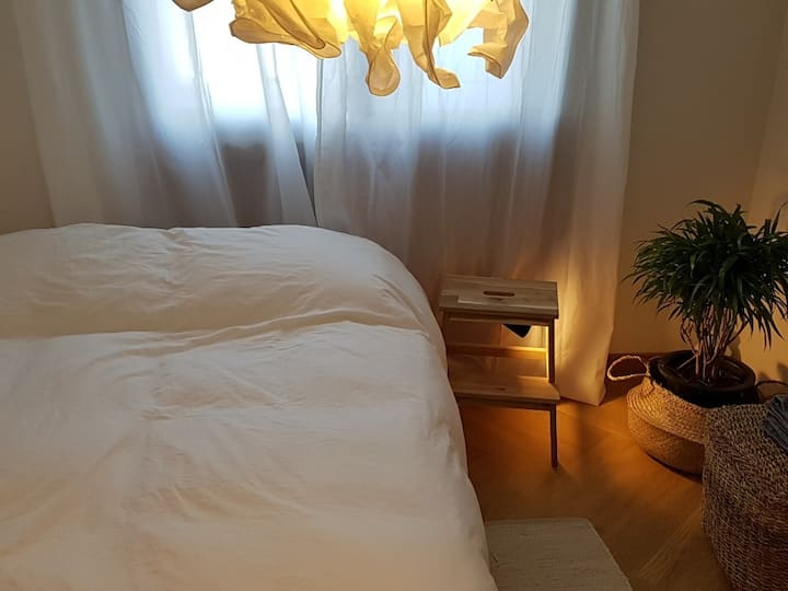 ❤️SALE//3min walk to Subway//Stylish Double Room❤️