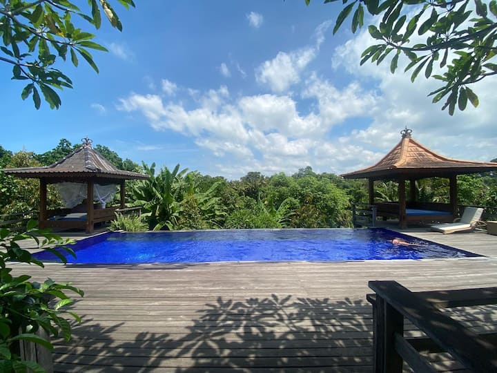 Private Joglo Villa - ***Stunning Surroundings***