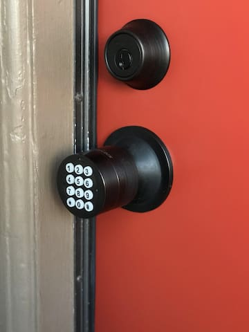 Easy keypad entry, so you'll never need to carry keys around!