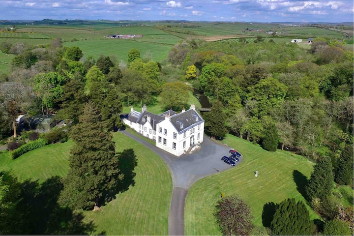 Kennox House Historic Country Mansion Near Glasgow