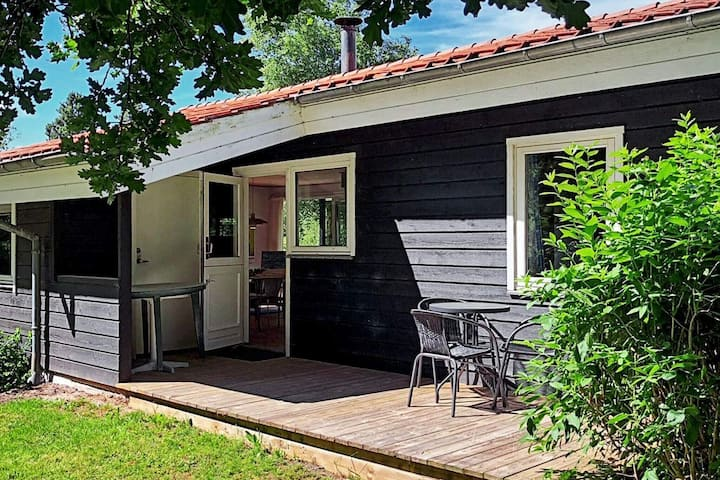 6 person holiday home in Brovst