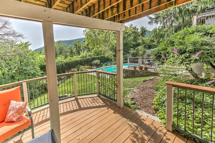 NEW! 2BR Harpers Ferry Apt. w/ Semi-Private Pool!