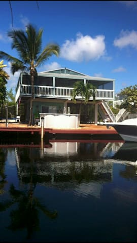 Paradise Palace 3/3,Waterfront,Pool, Pontoon boat - Key Largo - Haus