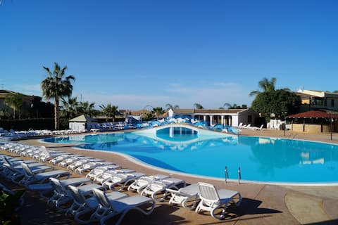 Mare e Sole Family Resort - Villa 7 - ¡Wi-Fi y aire acondicionado!