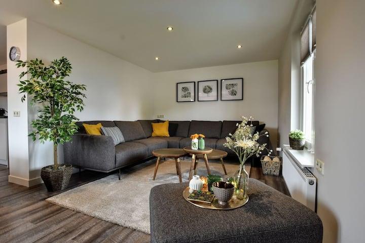 Luxe appartement in de Achterhoekse natuur bij manege