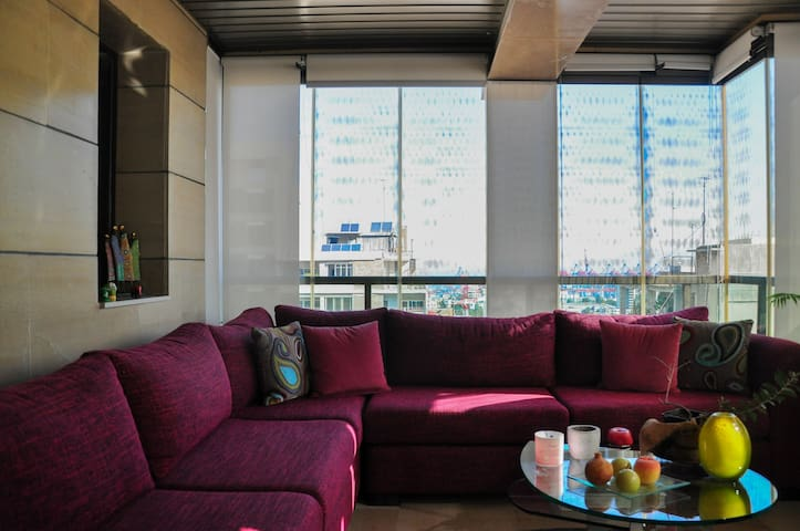 A cozy Home away from Home in Achrafieh