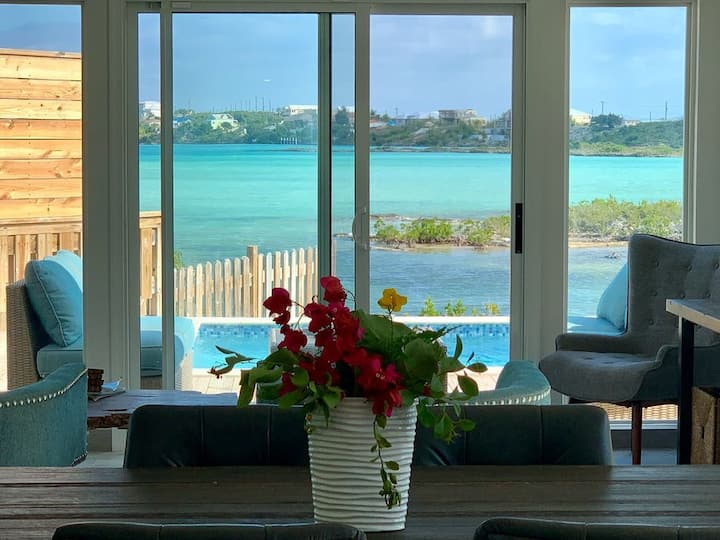 New! Coastal Vibes Villa Near Sapodilla Bay