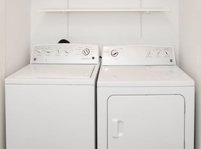 Washer/Dryer on site