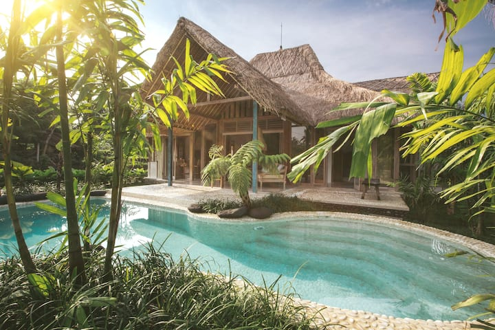 Architect Designed Natural Villa 4- Bareng Bareng