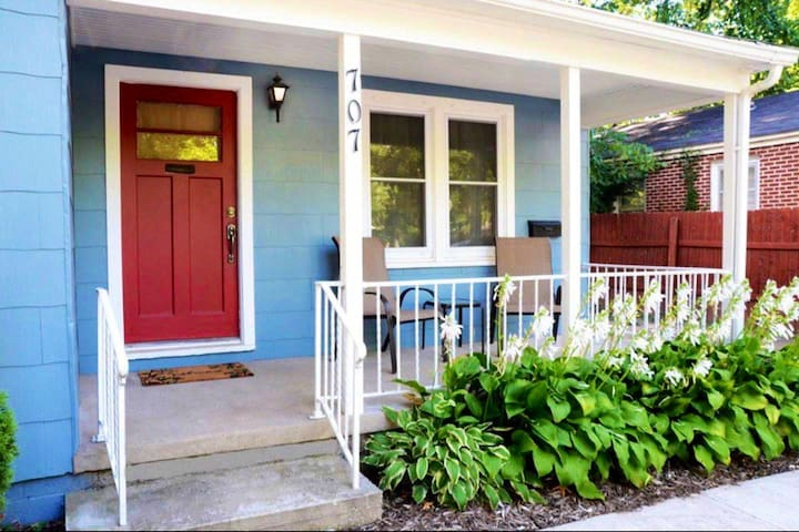 *LOCATION!! Cozy Home Near Bentonville Square!!! *