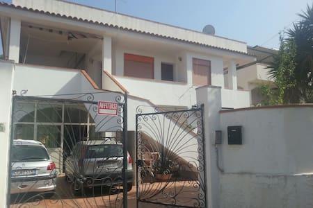 Appartamento a 200m dal mare - Agnone