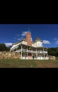 Close to  Wedding venues Maison du Lac Haue Valley