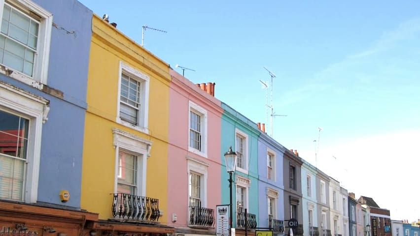 Amazing colourful 1BR flat in Notting Hill!!