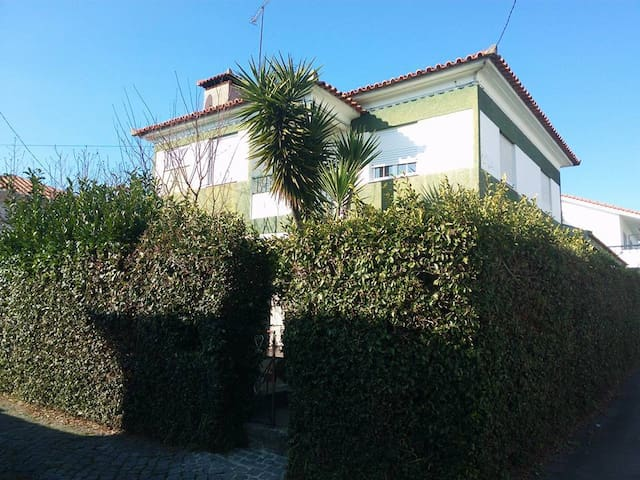 Piso em moradia familiar /Full Floor Family House