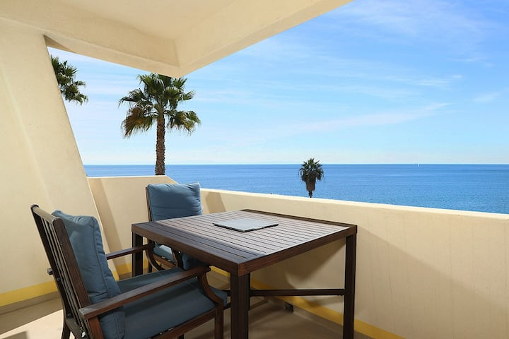 Modern Malibu Ocean View 1 bedroom