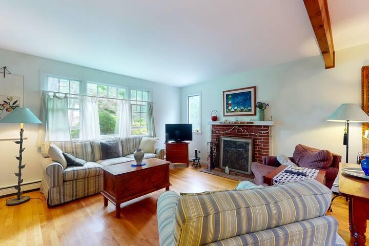 Cozy single-floor home with beautiful gardens, outdoor shower and seasonal patio
