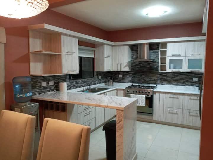 Nueva y amplia casa en zona exclusiva Torreon