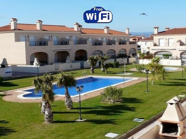 ALL INCLUDED. RELAXING HOUSE TO BEACH. FREE-WIFI