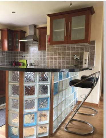 Double bedroom near airport and Mahon offices