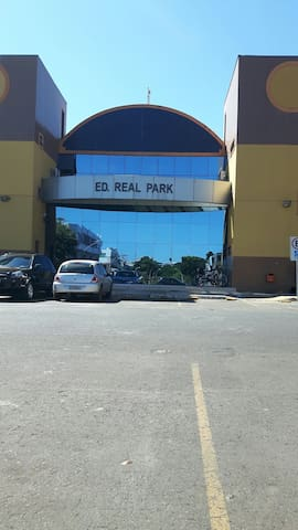 Ap kitnet EQN 412/413 Ed Real Park