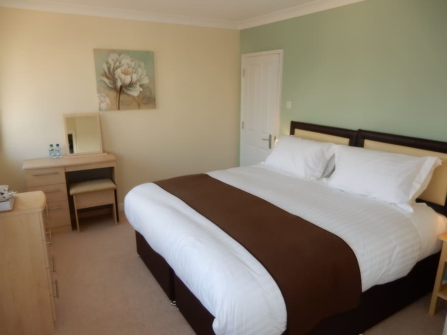 SuperKing double or twin room