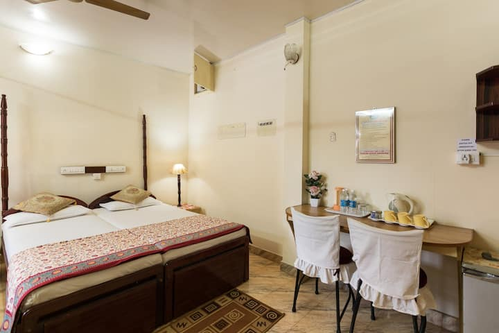 Sonnetta Residency - A/C Family Room (Hot Seller)