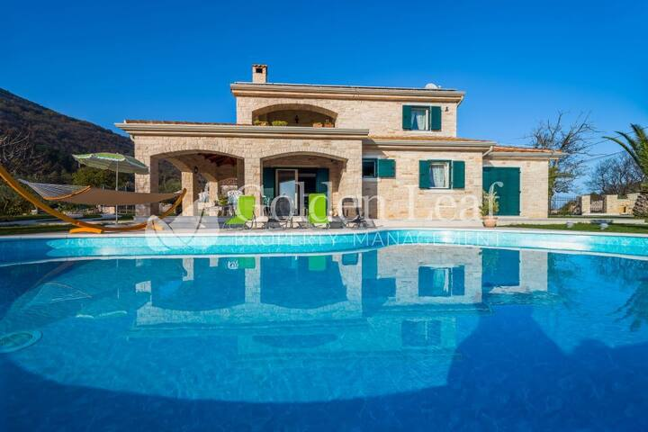 Two House Estate with Pool