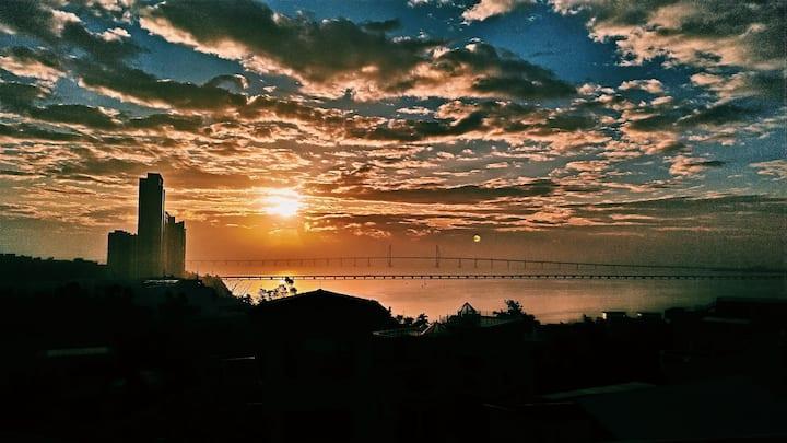 情侣南路  港珠澳大桥观景  大床房