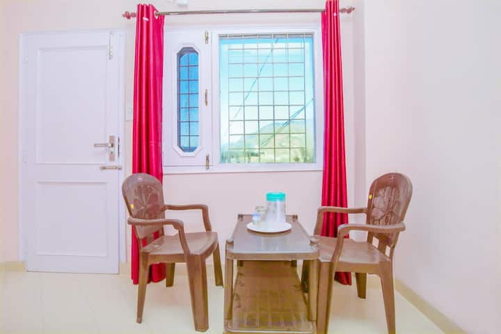 OYO - Cosy 1BR Homestay in Solan - Lightning Deal ⚡