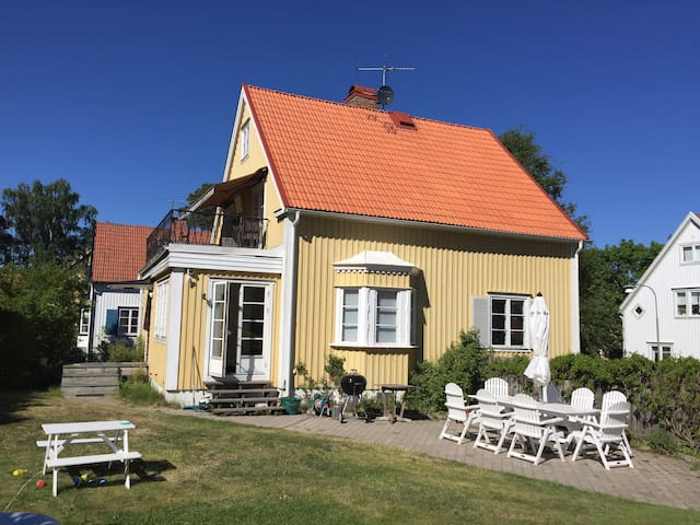 Sunny familyhouse in charming Ålsten, Bromma
