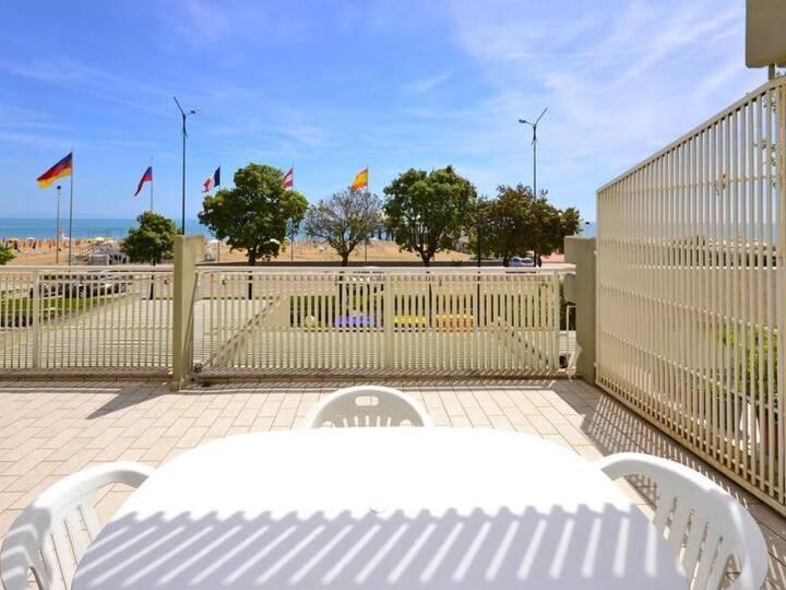Beach Condominium - type B